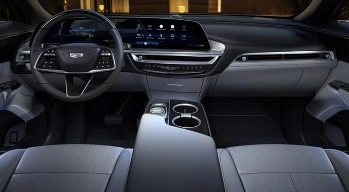 Chi tiết mẫu SUV điện Cadillac Lyriq 2023 'cháy hàng' sau hơn 10 phút mở bán - 4
