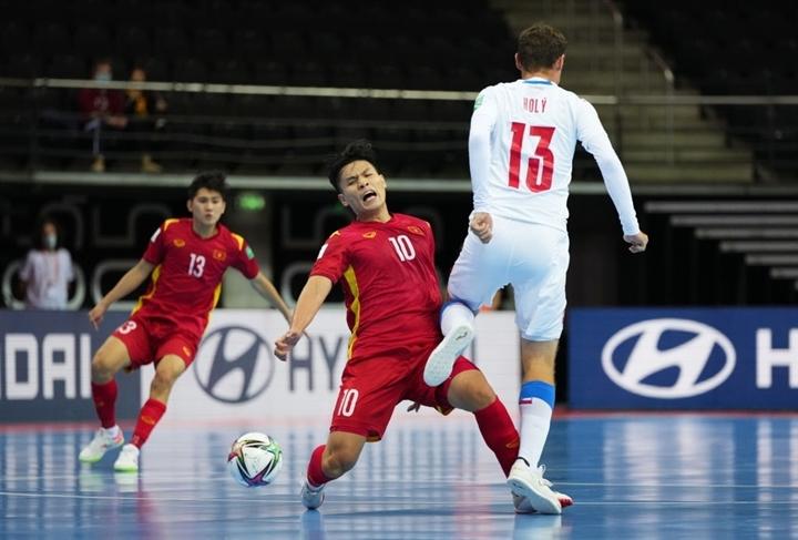 Trực tiếp bóng đá Việt Nam vs Nga vòng 1/8 World Cup futsal 2021 - 1