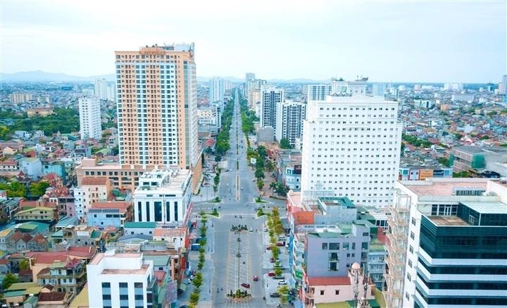 Thành phố Vinh giảm mức giãn cách xã hội - 1