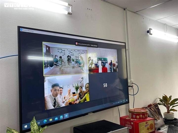 Đám cưới qua điện thoại của nữ điều dưỡng Hà Nội tại BV dã chiến TP.HCM - 2