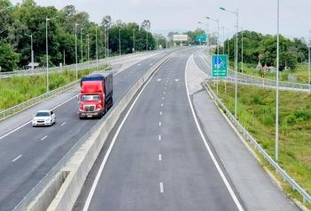 Hai dự án thành phần cao tốc Bắc- Nam không có nhà đầu tư tham gia