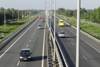 """Bộ trưởng giao thông lo ngại về vốn """"rót"""" vào các dự án cao tốc Bắc-Nam"""