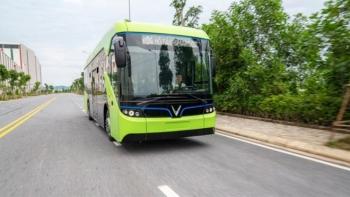 Xe buýt điện có đạt mục tiêu kép về giao thông và môi trường?
