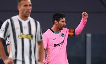Messi và Barca bắt nạt Juve trong ngày Ronaldo vắng mặt