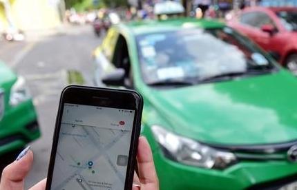 Hà Nội cho phép taxi công nghệ hoạt động trở lại từ 14/10