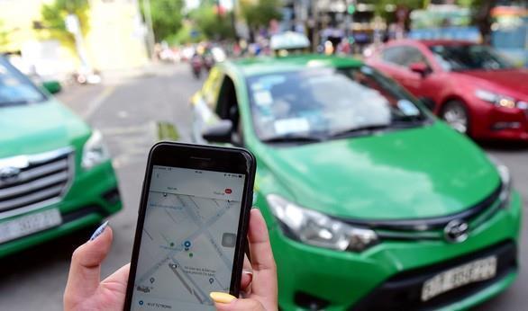 Từ 14/10: Taxi công nghệ được hoạt động trở lại. -0