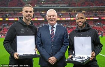 Chủ tịch Liên đoàn bóng đá Anh từ chức sau khi ...