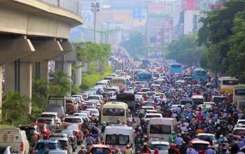Hà Nội đặt mục tiêu giảm tối thiểu 10 điểm ùn tắc giao thông mỗi năm