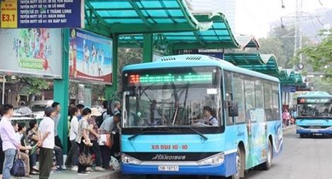 """Chủ tịch Hà Nội kiến nghị Chính phủ """"gỡ khó"""" cho xe buýt"""