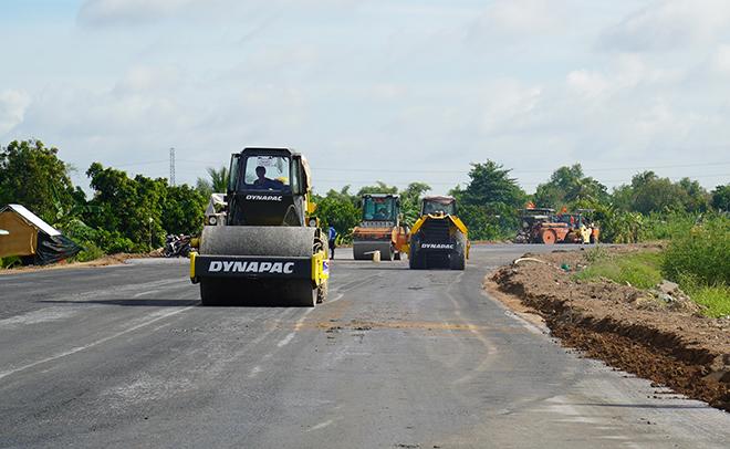 """Phát triển hạ tầng giao thông, tạo cơ hội cho đất """"chín rồng"""" cất cánh"""