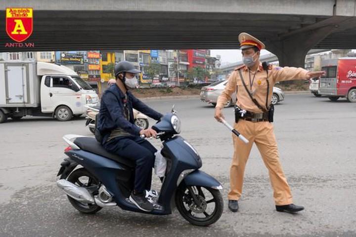 Từ 1/1/2022: Cá nhân vi phạm giao thông bị phạt đến 75 triệu đồng