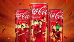 Tranh cãi tuýt còi mở lon Coca-Cola: Cần giám định văn hóa?