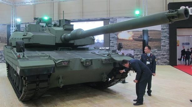 leopard 2a4 bi thay the sau khi thuc chien tai syria