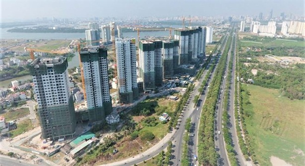 TP.HCM hứa đỡ gánh nặng trăm bề cho doanh nghiệp địa ốc
