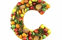 sai lam thuong gap khi bo sung vitamin c cho tre