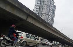Hà Nội xén dải phân cách giao thông: Xén xong vẫn tắc, lấy gì xén tiếp?