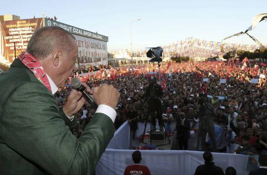 ong erdogan quotgay baoquot khi dung video khung bo new zealand van dong tranh cu