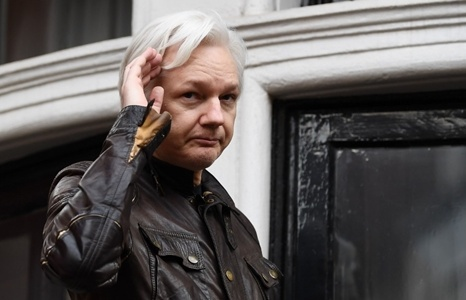 thuy dien mo lai cuoc dieu tra ong chu wikileaks ve toi hiep dam