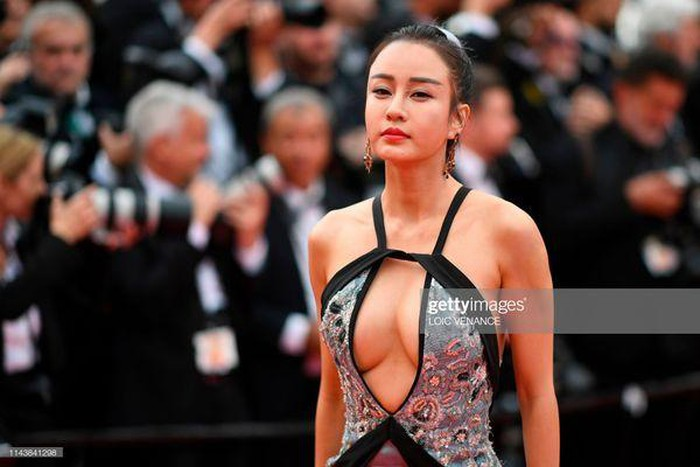 loat my nhan sieu vong 1 lam nao loan tham do cannes 2019