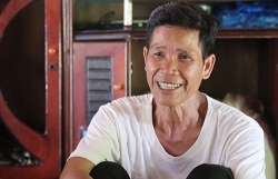 119 người Vân Kiều di cư từ Lào sang được cấp hộ tịch