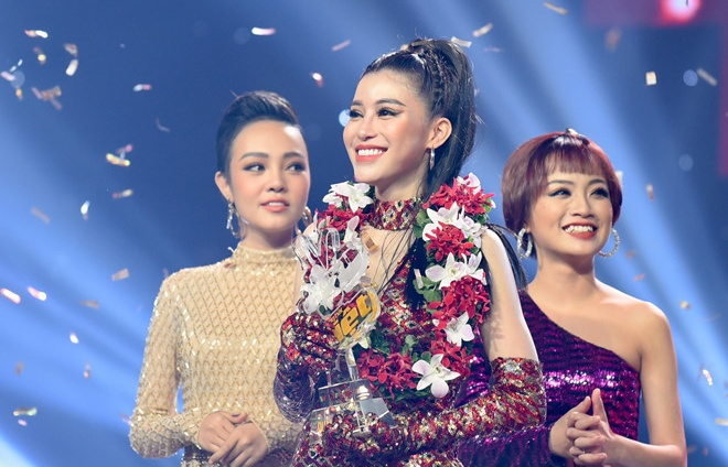 co gai trieu view doi noo phuoc thinh dang quang the voice 2018