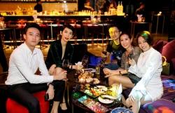 chuyen showbiz nha phuong len tieng truoc on ao bi tram cam sau sinh