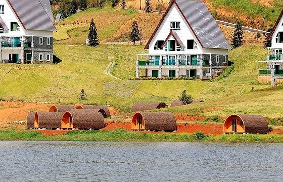 Ai đang phá hoại hồ nước đẹp nhất Đà Lạt?