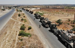 Xe quân sự Thổ Nhĩ Kỳ tiến vào Syria tập trận với Mỹ