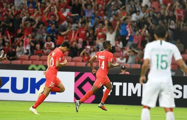 thang indonesia 1 0 singapore tao bat ngo dau tien cua aff cup 2018