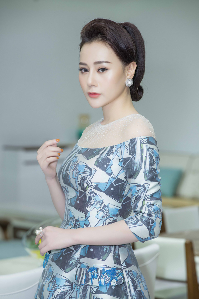 phuong oanh luon san sang voi canh cuong hiep khi dong quynh bup be