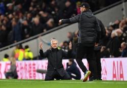 Mourinho bó tay trước Klopp: Liverpool là đội bóng không thể khuất phục