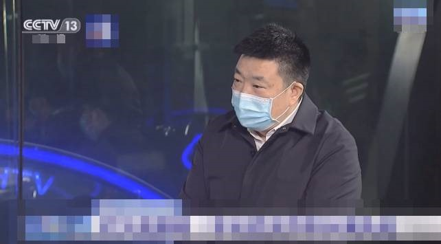 Thị trưởng Vũ Hán Zhou Xianwang. Ảnh: The Guardian.
