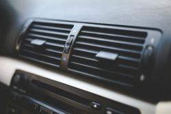 Một vài bất lợi khi sử dụng điều hòa không khí trong xe ôtô