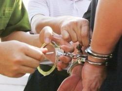 Tại sao kẻ trốn truy nã 26 năm vẫn được làm chánh văn phòng tòa án?