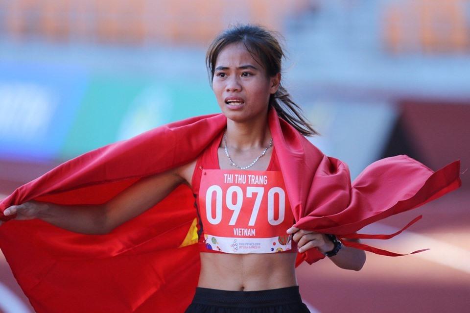 Vận động viên Phạm Thị Thu Trang giành Huy chương Vàng nội dung 10.000 m đi bộ. Ảnh: D.P