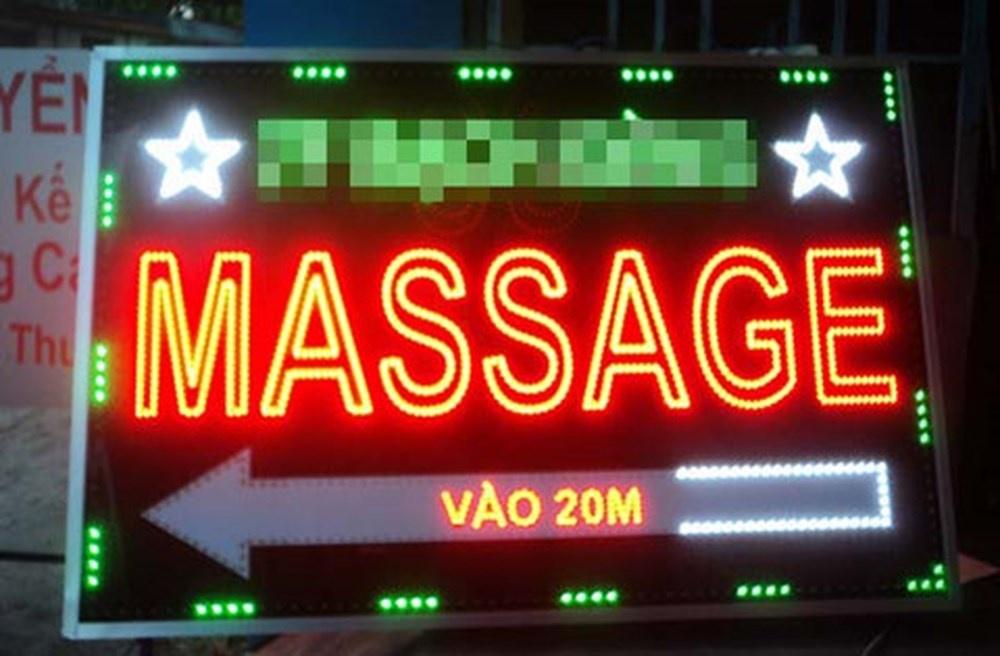 chu quan massage to chuc kich duc de lay trom tien cua khach