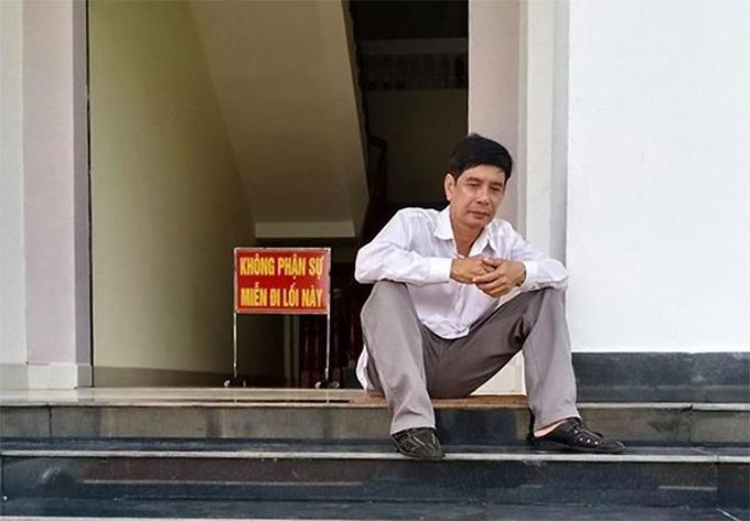 quyet dinh nao cho phien giam doc tham vu ong luong huu phuoc