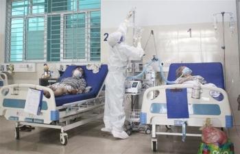Bộ Y tế yêu cầu các cơ sở sản xuất, bệnh viện không để thiếu oxy