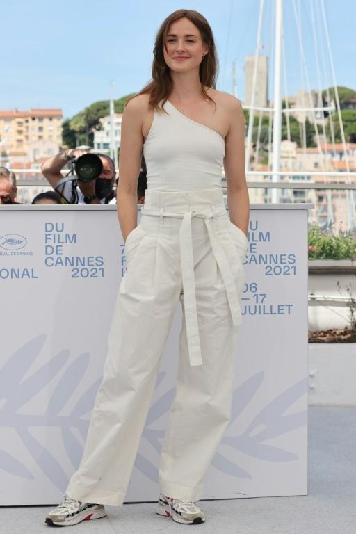 Nhan sắc nữ diễn viên chính xuất sắc nhất Cannes 2021