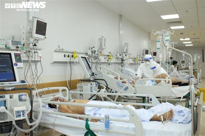 Bên trong 'thành trì cuối cùng' cứu bệnh nhân COVID-19 thoát cửa tử - 4