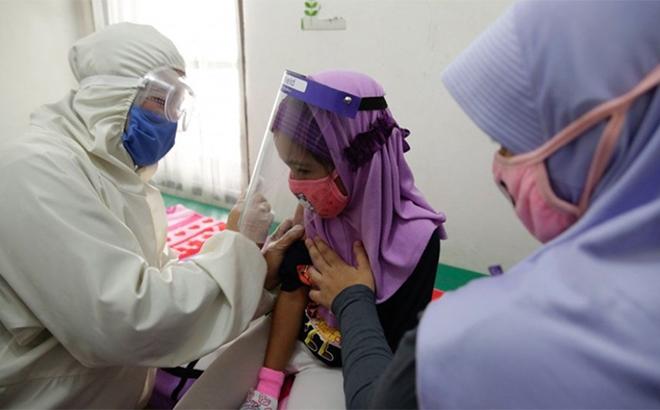 Các nước Đông Nam Á tăng tốc chương trình tiêm vắc xin ngừa Covid-19