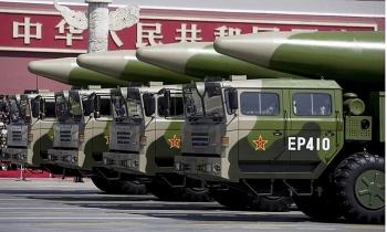 Mỹ nói Trung Quốc phóng 4 tên lửa đạn đạo ở Biển Đông