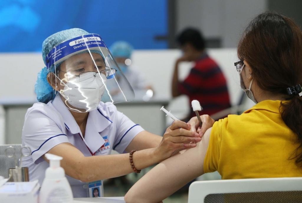 TP HCM đã tiêm hơn 1,8 triệu liều vaccine