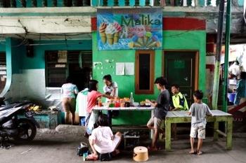 Dịch COVID-19 khiến hơn 11.000 trẻ em Indonesia mồ côi cha mẹ