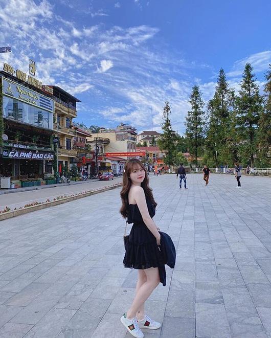 Huỳnh Anh khoe dáng cực 'nuột' với bikini, ai còn dám chê bạn gái Quang Hải nữa? - Ảnh 2
