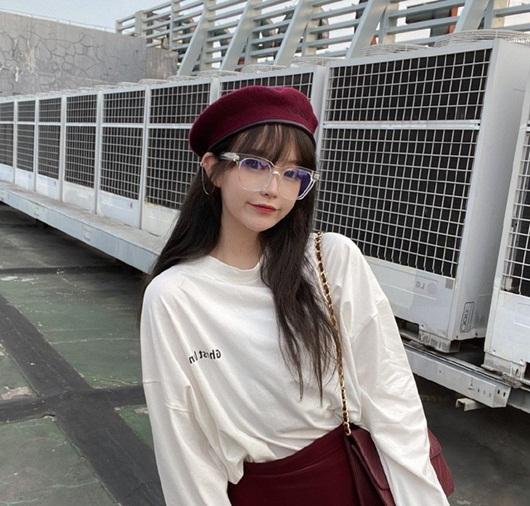Hotgirl Trung Quốc triệu follow xinh như búp bê bất cẩn lộ nhan sắc thật khiến dân tình vỡ mộng - Ảnh 4