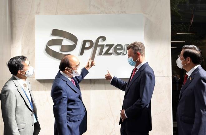 Pfizer cam kết cung cấp 31 triệu liều vaccine cho Việt Nam trong năm nay