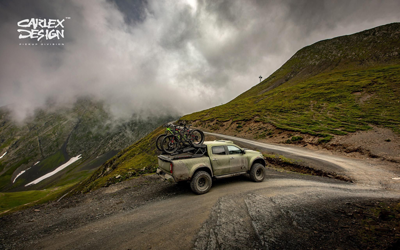 anh chi tiet ban tai mercedes benz x class do phong cach off road