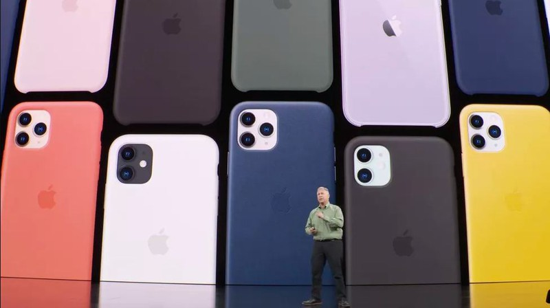 iphone 11 ra mat voi 2 camera sau co gia tu 699 usd