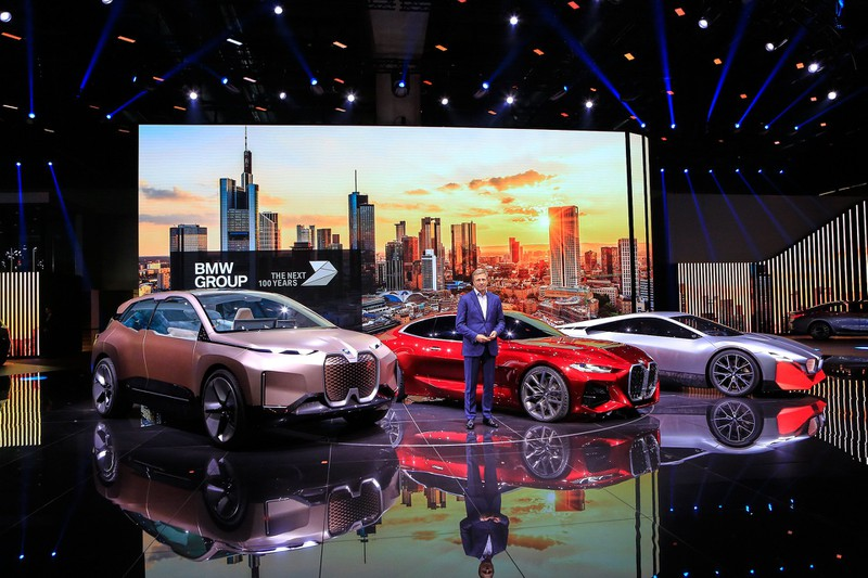 can canh bmw concept 4 tai trien lam o to frankfurt